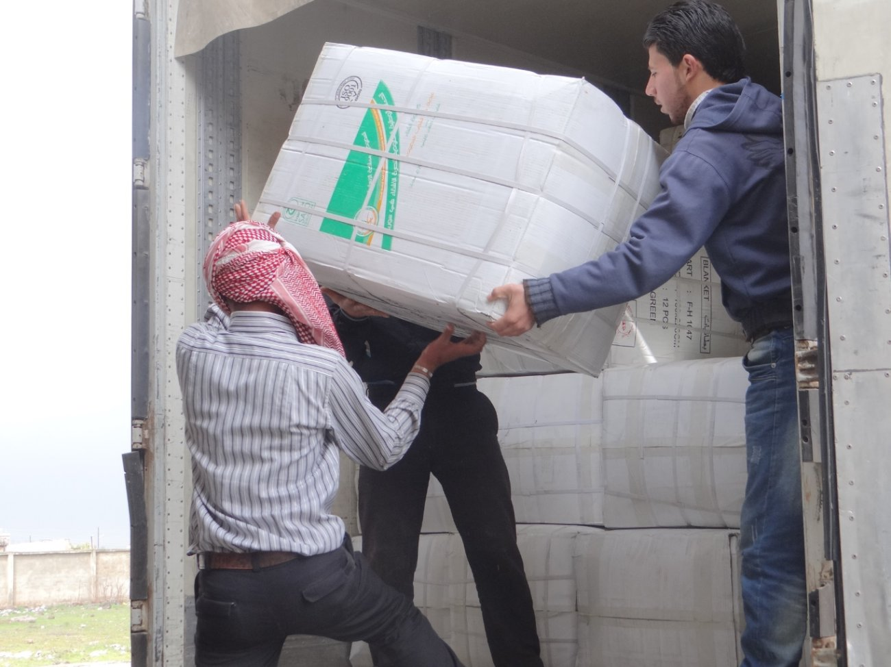 الحملة السعودية لنصرة الأشقاء في سوريا تسير قافلة إغاثية جديدة