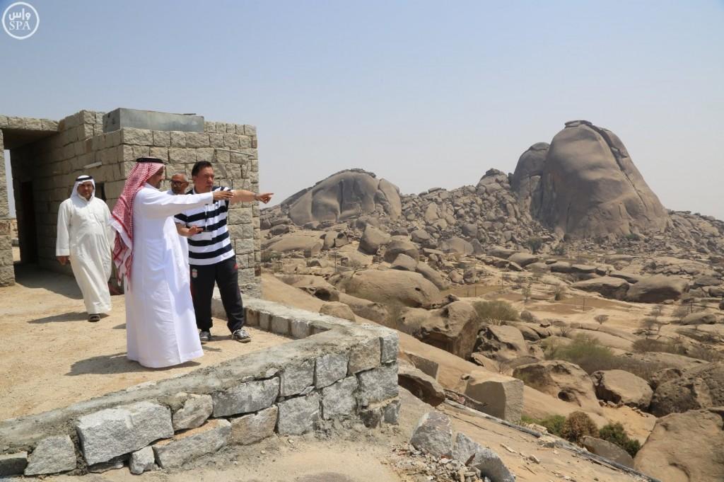 هيئة السياحة تطلق مشروع تطوير المسارات السياحية 1